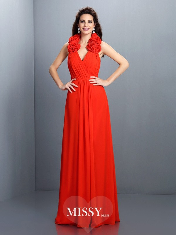 A-Line/Princess Halter Sleeveless Hand-Made Flower Floor-Length Chiffon Gowns