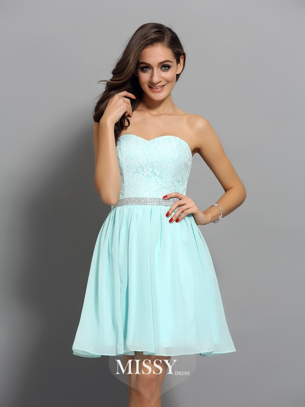 Sweetheart A-Line/Princess Sleeveless Short/Mini Chiffon Beading Gowns