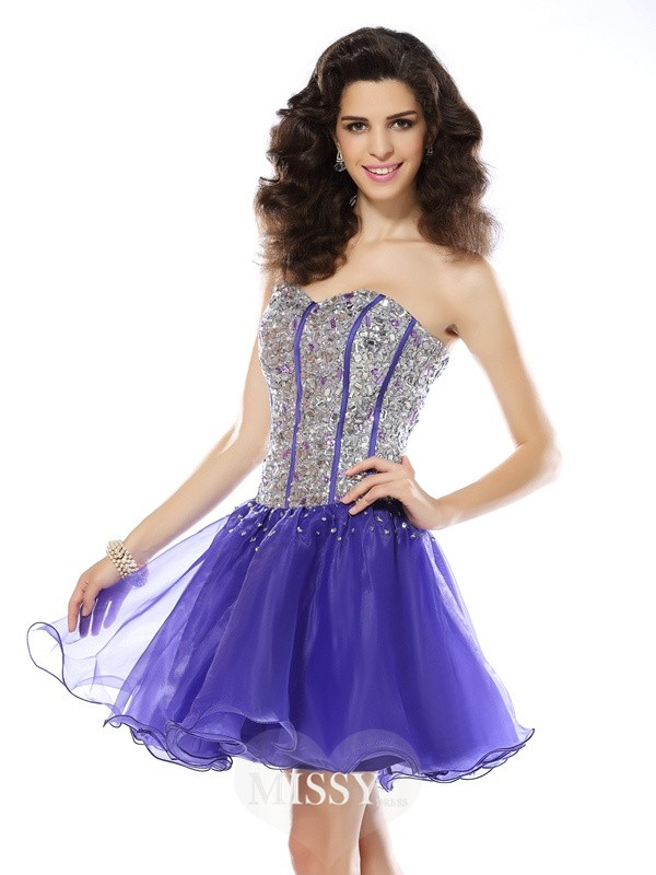A-Line/Princess Sleeveless Sweetheart Beading Short/Mini Organza Gowns