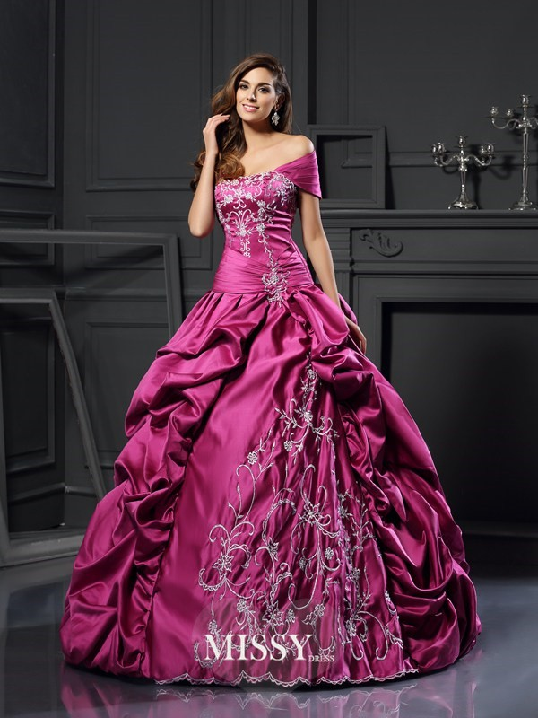 Ball Gown Sweetheart Satin Applique Floor-Length Dresses
