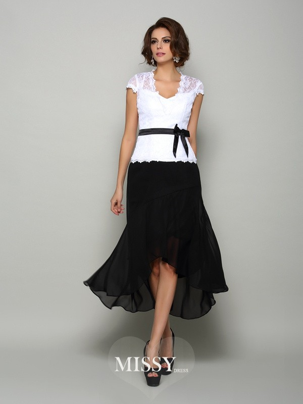 A-Line/Princess Sleeveless Chiffon V-neck Asymmetrical Sash/Ribbon/Belt Mother of the Bride Gowns