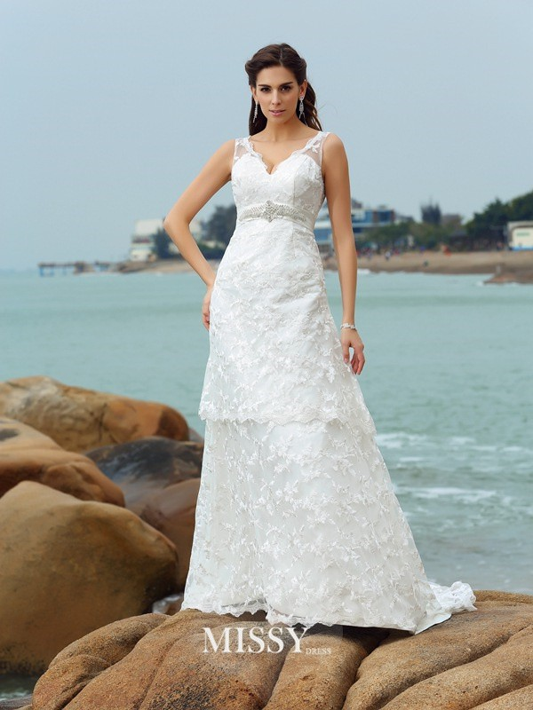 A-Line/Princess Straps Satin Chapel Train Applique Wedding Dresses