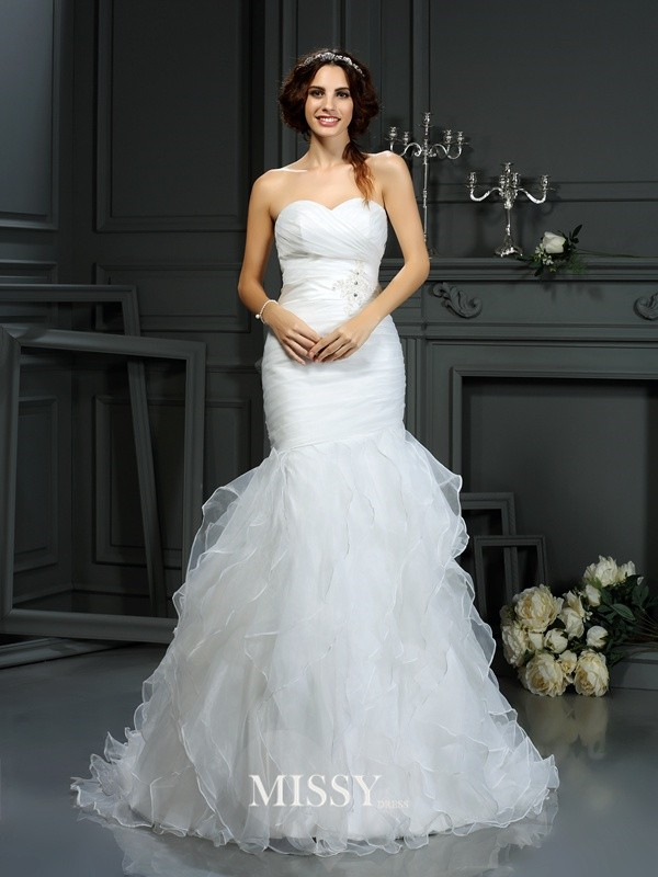 Trumpet/Mermaid Sweetheart Beading Court Train Organza Wedding Dresses