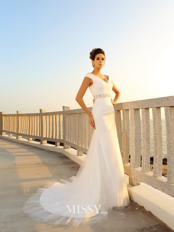 Sheath/Column Pleats Court Train V-neck Net Wedding Dresses