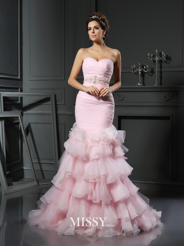 Trumpet/Mermaid Sweetheart Organza Chapel Train Beading Wedding Dresses