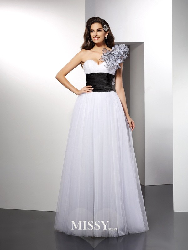 A-Line/Princess One-Shoulder Sash/Ribbon/Belt Floor-Length Net Dresses
