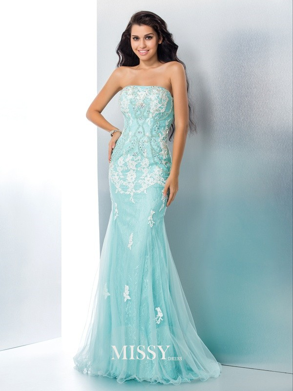 Trumpet/Mermaid Strapless Applique Lace Sweep/Brush Train Dresses