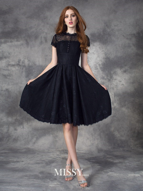 A-line/Princess Jewel Short Sleeves Lace Knee-Length Dresses