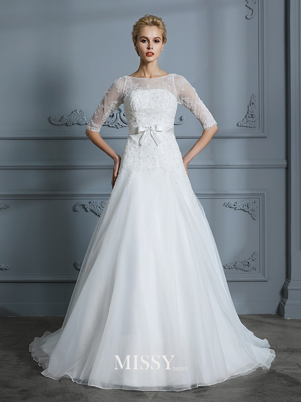 A-Line/Princess Scoop Lace Court Train Tulle Wedding Dresses