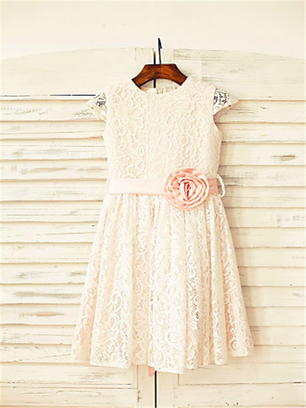 A-line/Princess Scoop Hand-made Flower Short Sleeves Floor-Length Lace Flower Girl Dresses