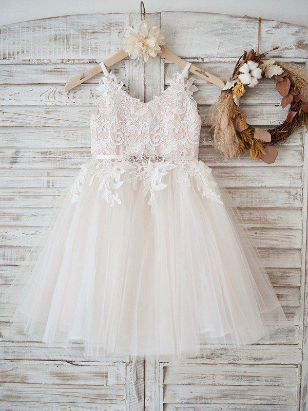 A-Line/Princess V-neck Knee-Length Lace Tulle Flower Girl Dresses
