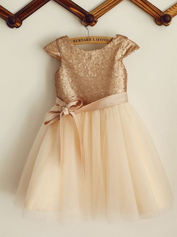 A-Line/Princess Scoop Knee-Length Bowknot Sequins Flower Girl Dresses