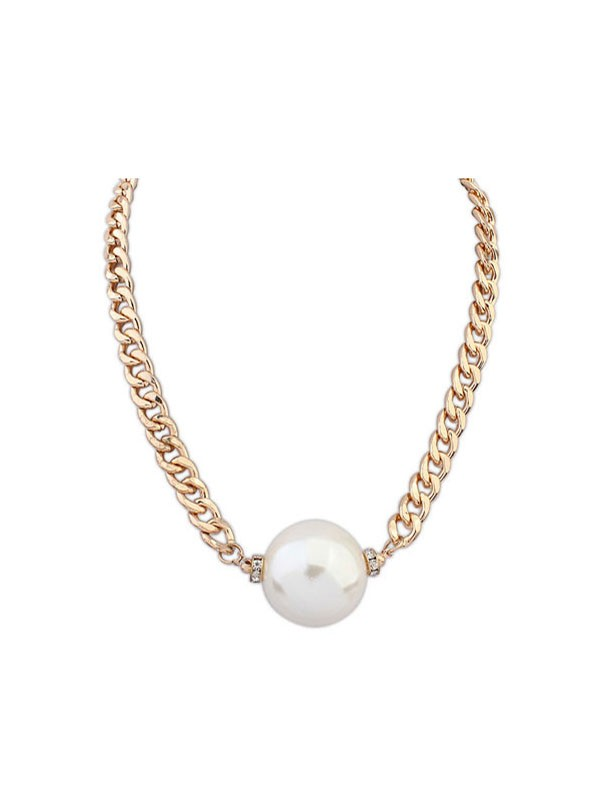 Occident Fashionable Pearls Simple Necklace