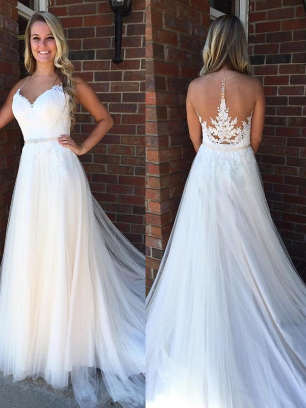 A-Line/Princess Scoop Tulle Sleeveless Court Train Wedding Dresses