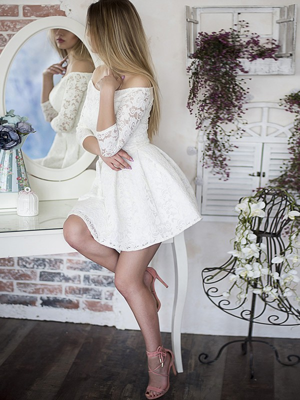 A-Line/Princess Off-the-Shoulder Short/Mini Ruffles Lace Dresses