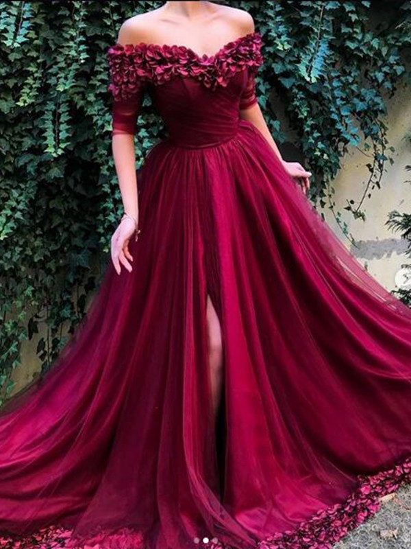 A-Line/Princess Off-the-Shoulder Sweep/Brush Train Ruffles Tulle Dresses