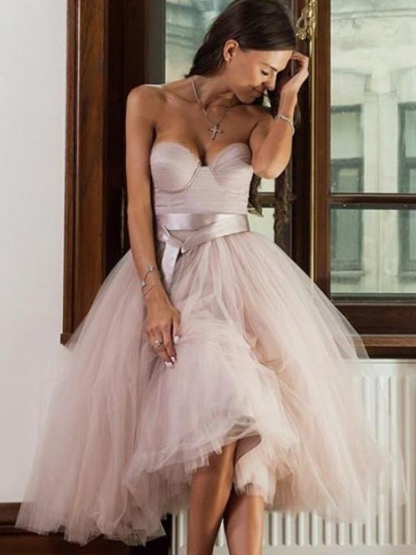 A-Line/Princess Sweetheart Tea-Length Sash/Ribbon/Belt Tulle Dresses