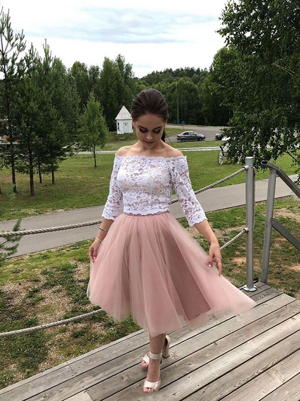 A-Line/Princess Off-the-Shoulder Tea-Length Lace Tulle Dresses