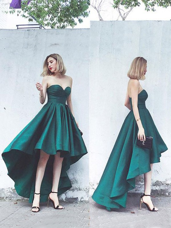 A-Line/Princess Sweetheart Asymmetrical Ruffles Satin Dresses