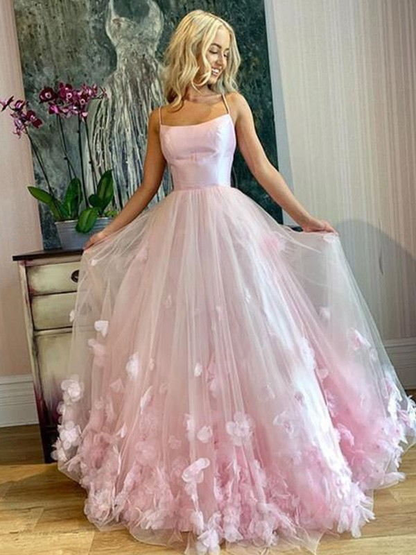 A-Line/Princess Bateau Floor-Length Applique Tulle Dresses