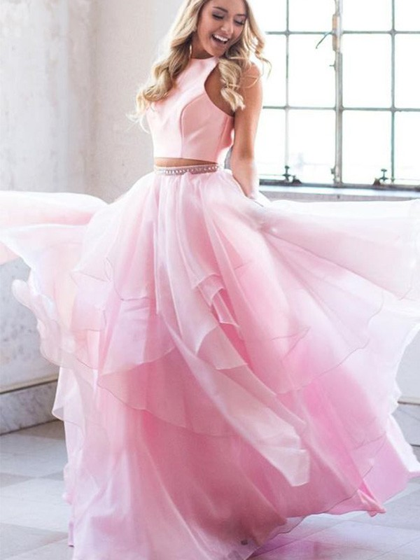 A-Line/Princess Scoop Floor-Length Beading Tulle Dresses