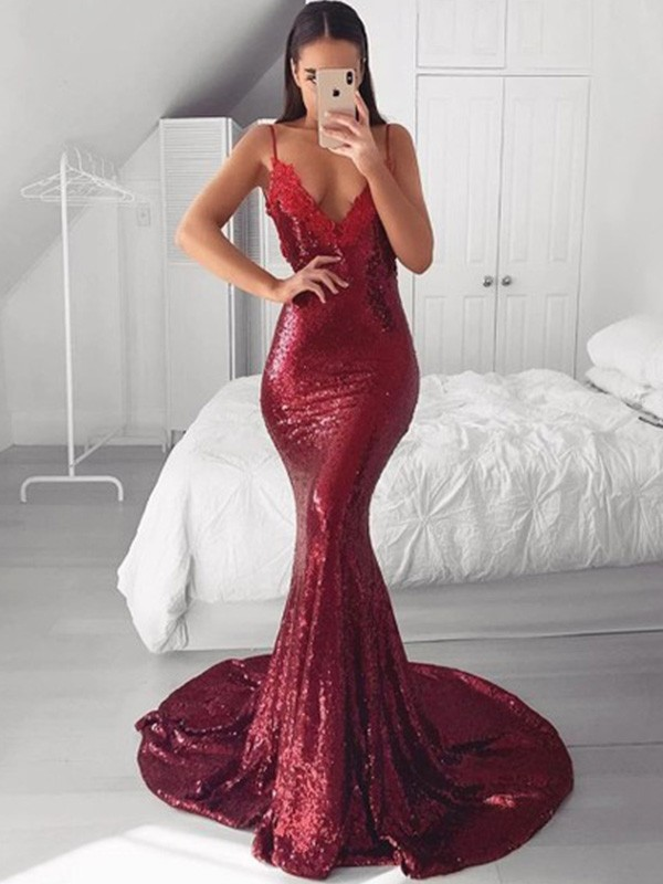 Trumpet/Mermaid V-neck Sweep/Brush Train Applique Sequins Dresses