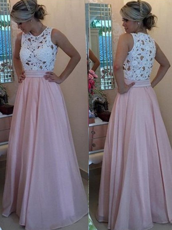 A-Line/Princess Sleeveless Scoop Long Organza Dresses With Appliques
