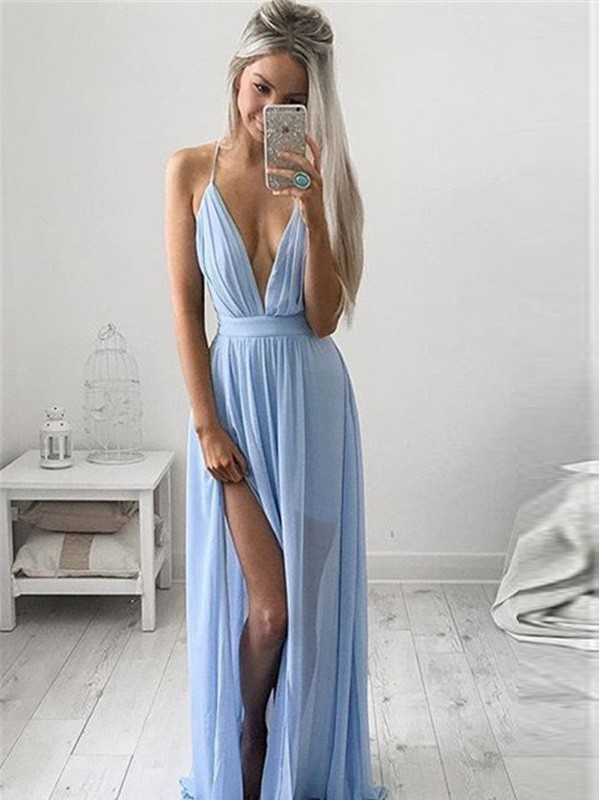 A-Line/Princess Spaghetti Straps Sleeveless Chiffon Long Dresses With Ruched