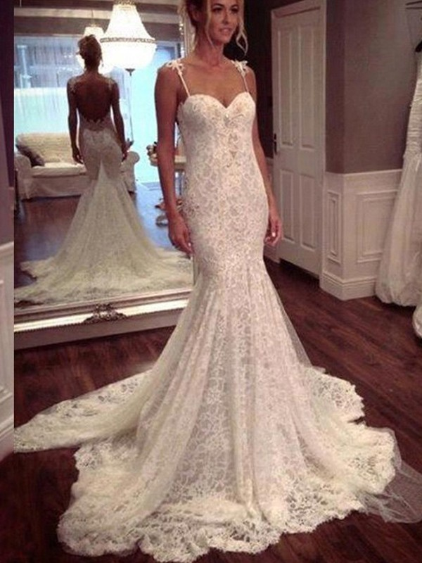 Trumpet/Mermaid Sleeveless Court Train Spaghetti Straps Wedding Dresses With Lace