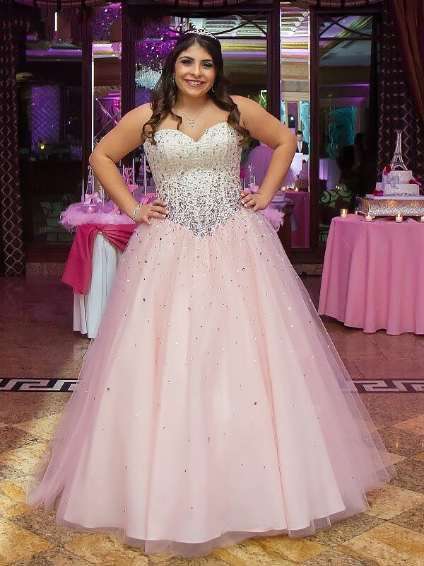 Ball Gown Sleeveless Sweetheart Tulle Long Plus Size Dress With Beading