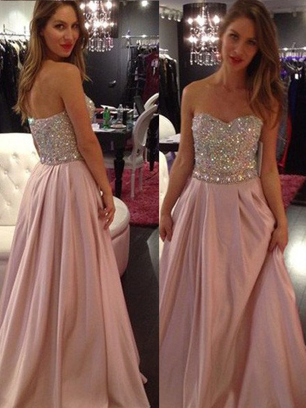A-Line/Princess Sleeveless Sweetheart Long Chiffon Dresses With Beading