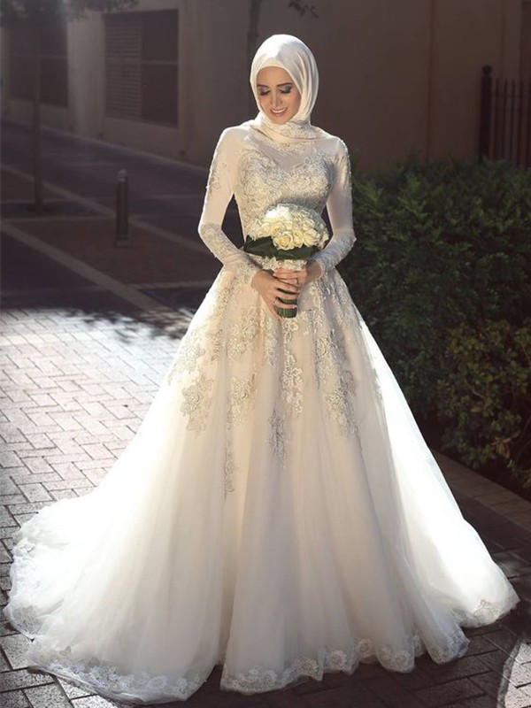 Ball Gown Jewel Sweep/Brush Train Applique Tulle Wedding Dresses