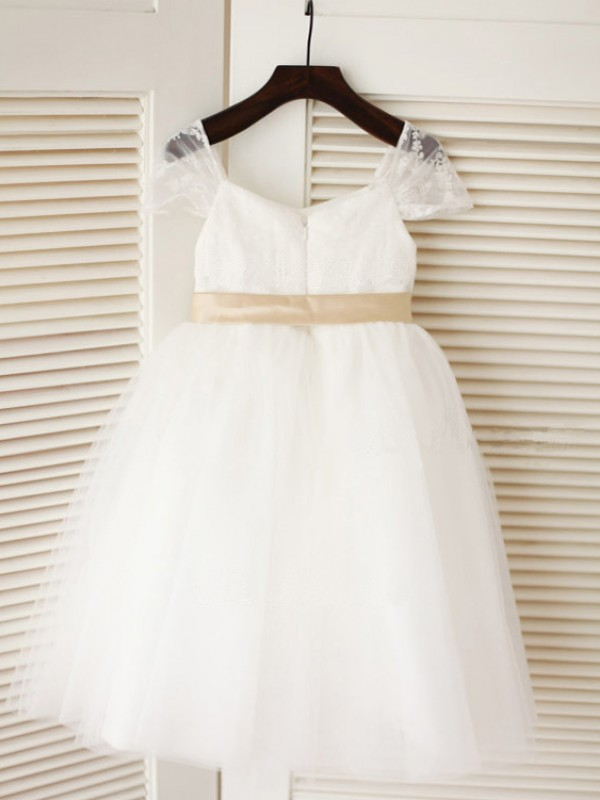 Ball Gown Scoop Sleeveless Sash Tea-Length Tulle Dresses