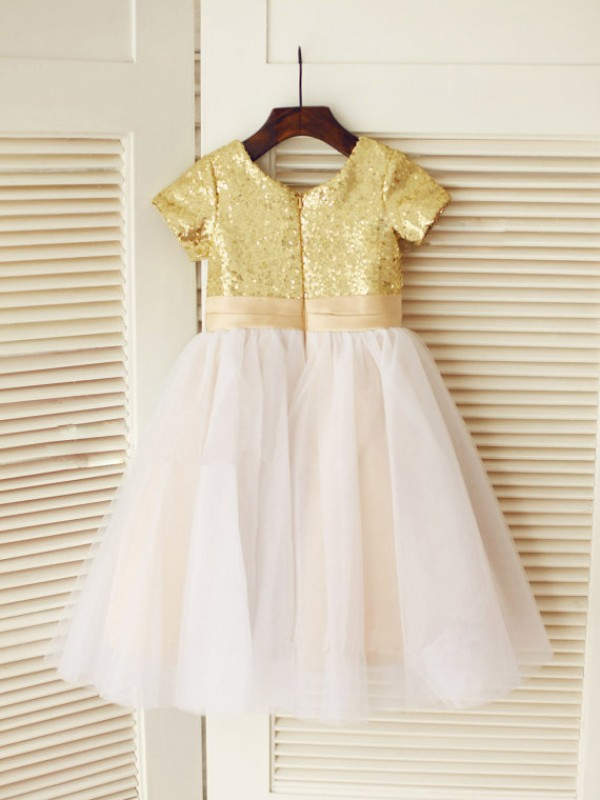 Princess Scoop Short Sleeves Sequin Knee-Length Tulle Dresses