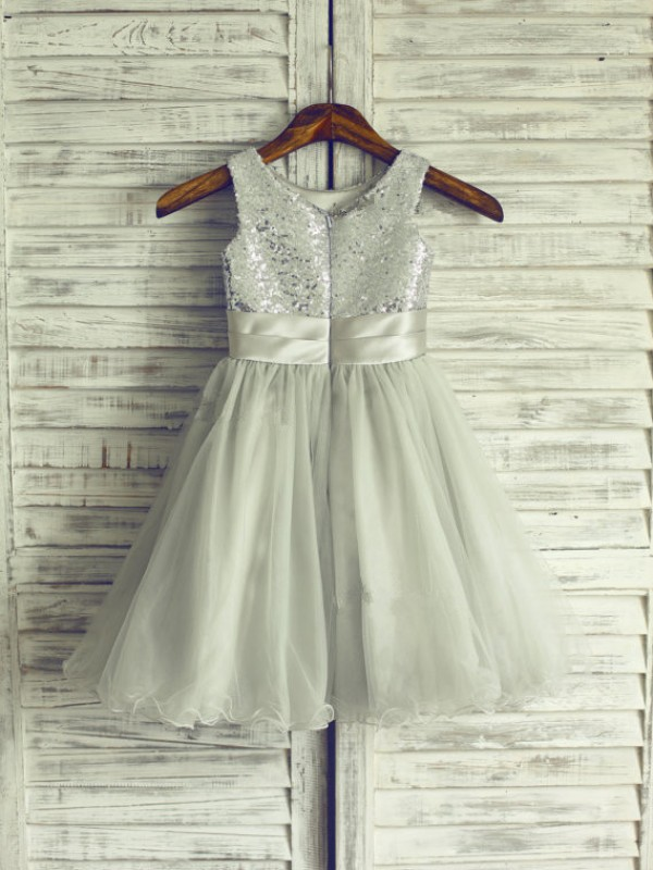 A-line/Princess Scoop Hand-Made Flower Knee-Length Net Dresses
